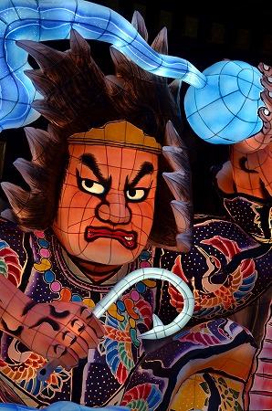 寒川神社神門 迎春ねぶた飾り 山幸彦と珠.jpg