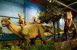 イグアノドン ティラノサウルス 太古レストランDINOSAUR 大和.jpg